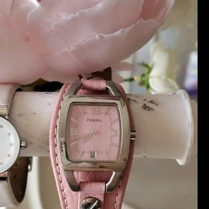 🦋Vintage Pink Fossil Watch